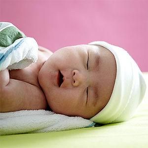 Новорожденный требует ухода